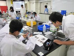 体験入学 物質化学工学科3