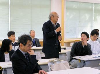 報告会2018_002_西口同窓会会長の挨拶